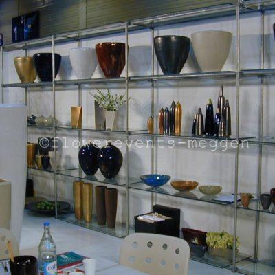 Gefässe und Vasen