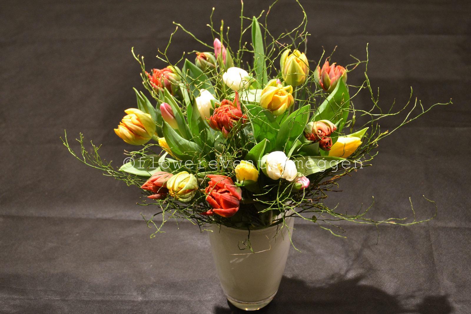 tulpen als spekulationsobjekt des mittelalters flowerevents blumen luzern. Black Bedroom Furniture Sets. Home Design Ideas
