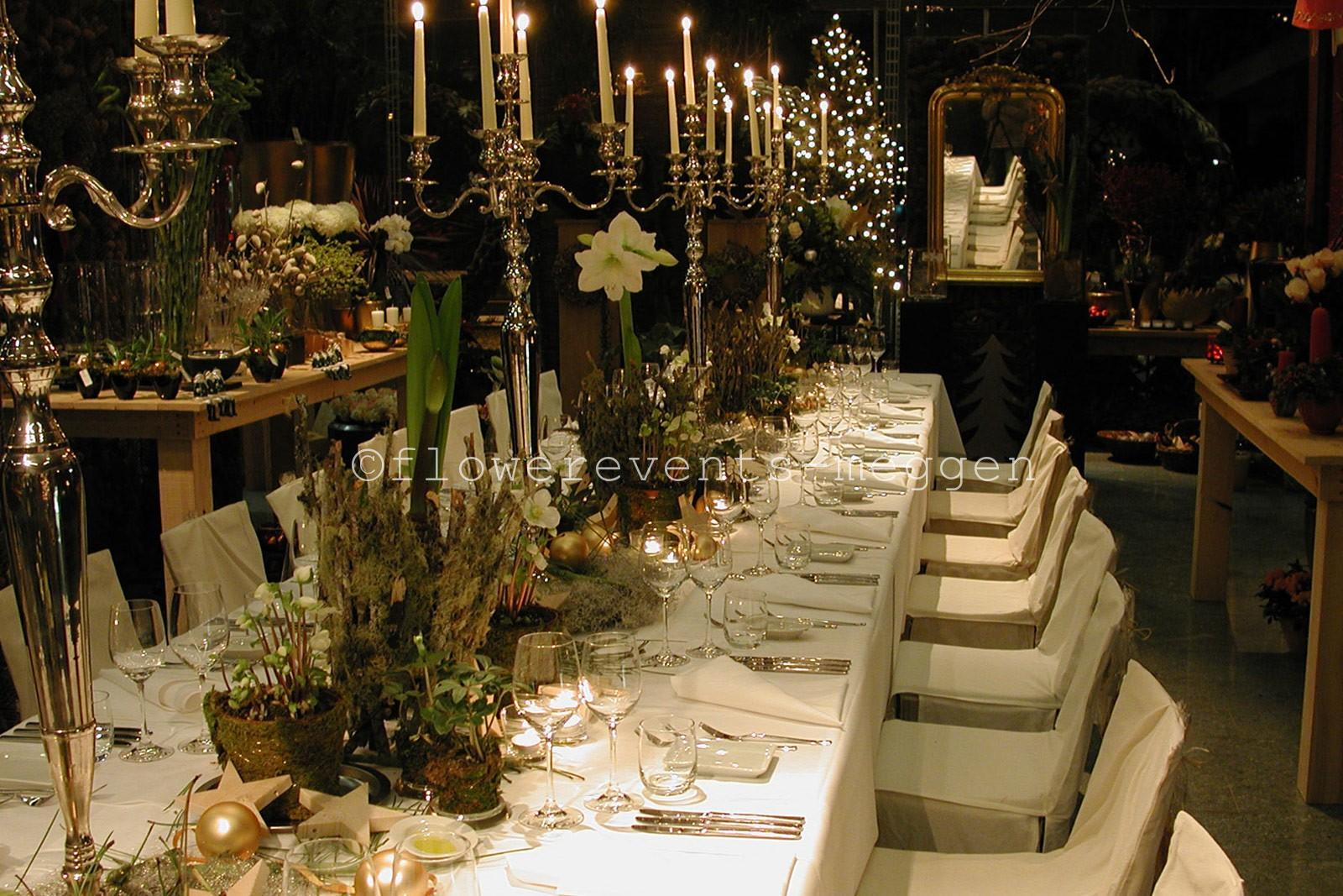 tischdekorationen tisch blumen festlichen anlass festtafel. Black Bedroom Furniture Sets. Home Design Ideas